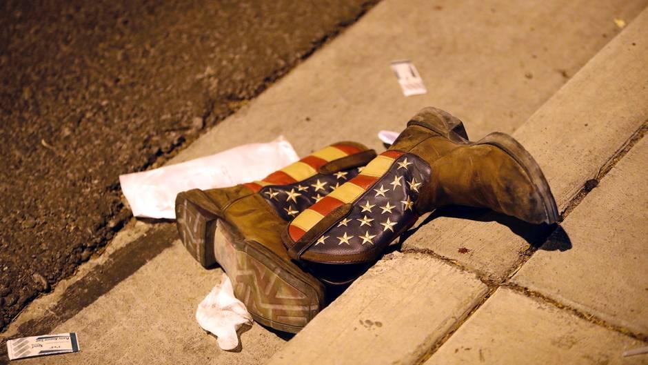 Was bleibt: Ein 64-Jähriger hat in Las Vegas 59 Menschenleben ausgelöscht