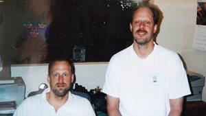 Wie kam der Las-Vegas-Schütze Stephen Paddock (r., m. Bruder Eric) zu seinem Reichtum?