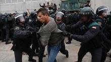 """""""Wir haben nur unsere Pflicht erfüllt und das Gesetz befolgt"""", rechtfertigte sich der spanische Ministerpräsident Rajoy in einer TV-Ansprache."""
