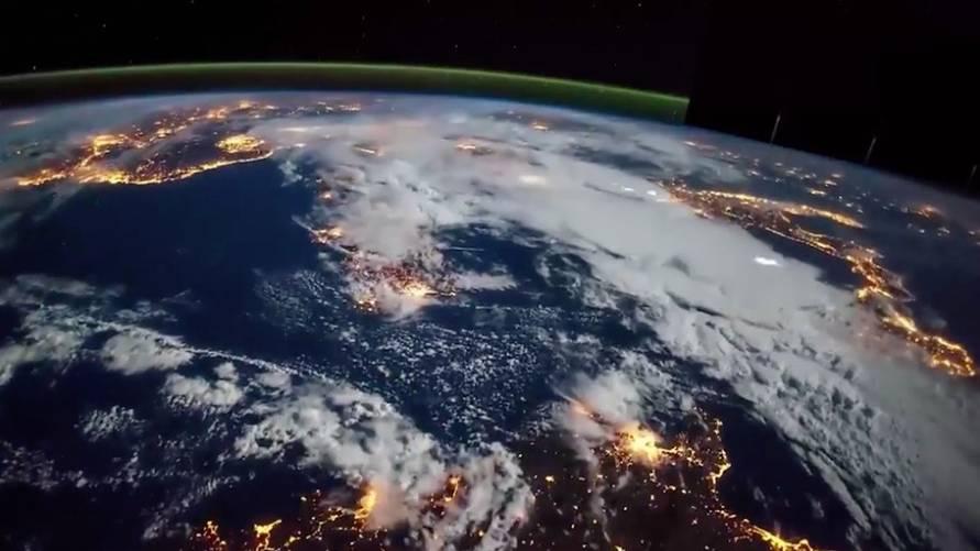 Ansichten bei Nacht: So atemberaubend sieht die Erde im Zeitraffer aus dem All aus