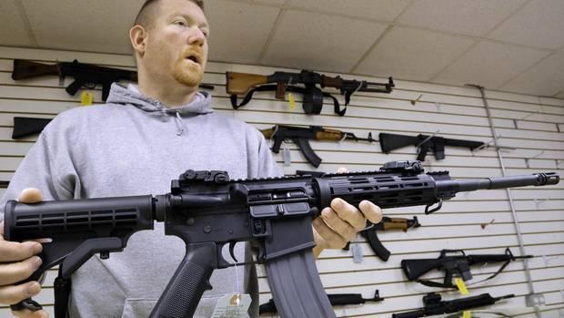 Der Todesschütze von Las Vegas nutzte so ein AR-15 Sturmgewehr für seine verheerende Attacke