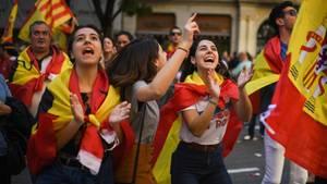 In Barcelona sind Hunderttausende auf die Straße gegangen - um für den Verbleib in Spanien zu demonstrieren