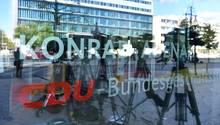 Die Spitzenrunde im Konrad-Adenauer-Haus stellte sich am Sonntag auf Gespräche bis tief in die Nacht ein
