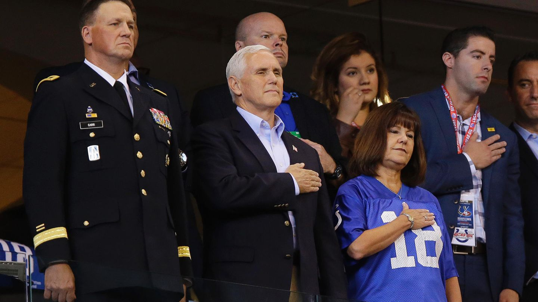 Mike Pence beim NFL-Spiel