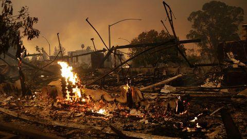 Heftige Buschbrände in Kalifornien - Gouverneur ruft Notstand aus