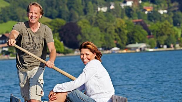 """2013 mit seiner Frau Gitti auf dem Schliersee. Unbeschwert wirkt das Paar. Aber noch weiß es nicht, ob der Krebs, """"dieses Monster in Gittis Körper"""", besiegt ist"""