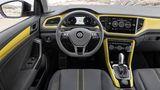Das Cockpit des VW T-Roc 2.0 TSI 4motion