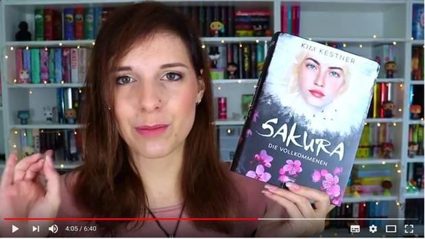 """Jessy vom Booktube-Kanal """"MelodyOfBooks"""""""