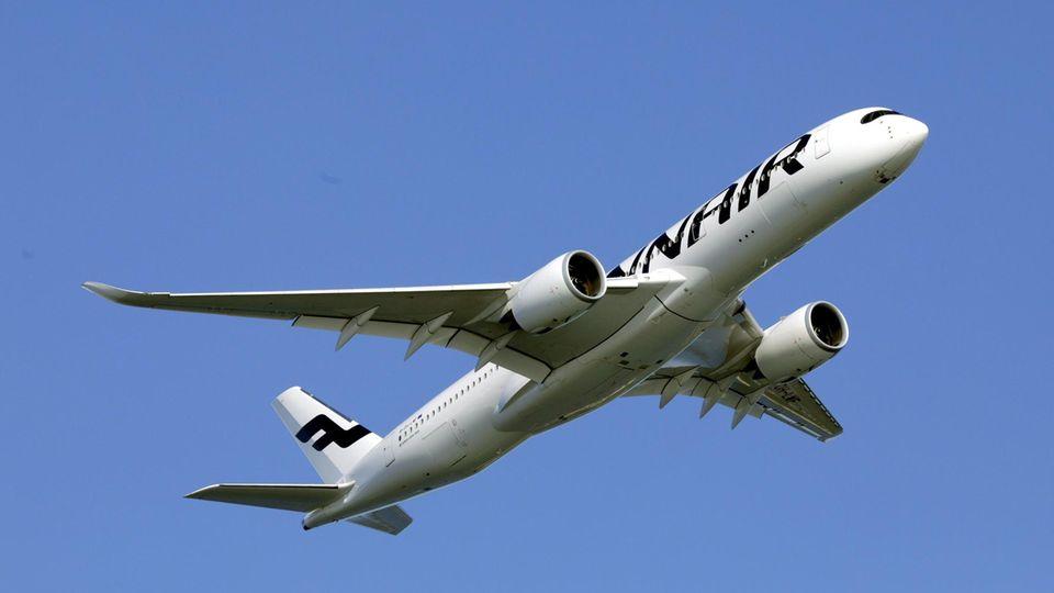 Ein Airbus A350 der Fluggesellschaft Finnair (Symbolbild)