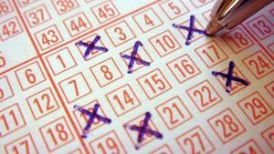 Ein New Yorker hat seinen Lottogewinn in letzter Minute abgeholt