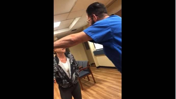 In Florida wurde eine Patientin von einem Arzt unsanft aus seiner Praxis gebeten