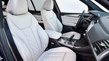 Die bequemen Frontsitze des BMW X3 M40i xDrive