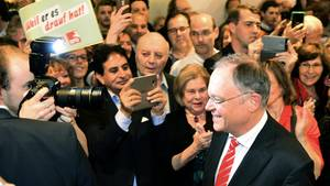 Pragmatischer Kümmerer und als uneitler Landesvater: Stephan Weil hat die SPD nach vier Wahlniederlagen zum Sieg geführt