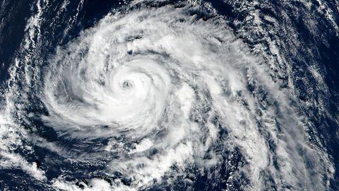 Der Ex-Hurrikan Ophelia über dem Atlantik