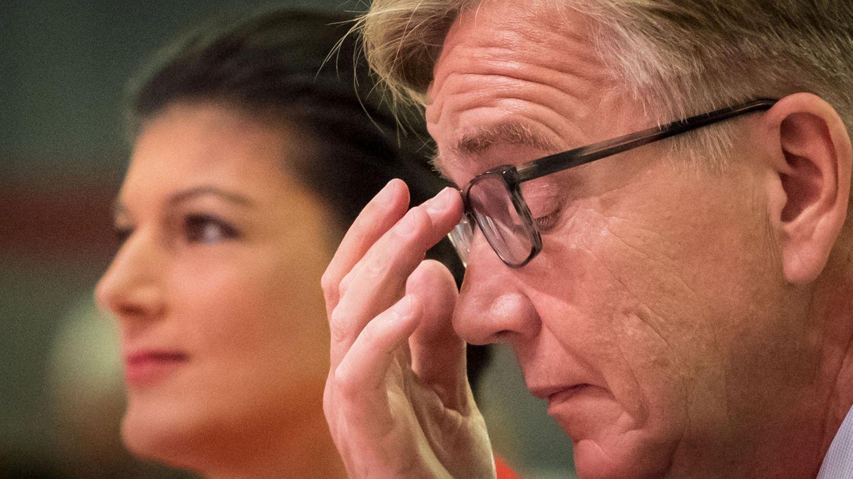 Streit bei den Linken - Teile der Fraktion wollen offenbar Bartsch und Wagenknecht entmachten
