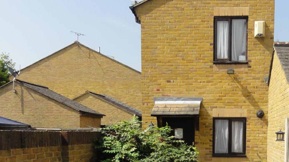 immobilie in london eine britin verlost ihr haus f r zwei pfund. Black Bedroom Furniture Sets. Home Design Ideas