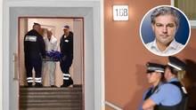 Die Leiche des 29-Jährigen wird aus dem Haus in die Gerichtsmedizin gebracht.