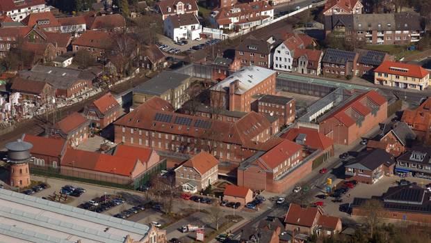 Der Straftäter saß in der Justizvollzugsanstalt Lingen ein, ehe er in Delmenhorst eine Justizmitarbeiterin vergewaltigte -Archiv