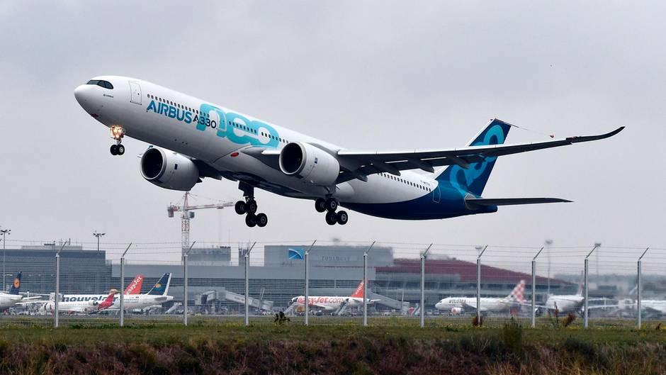 Airbus A330neo beim Erstflug