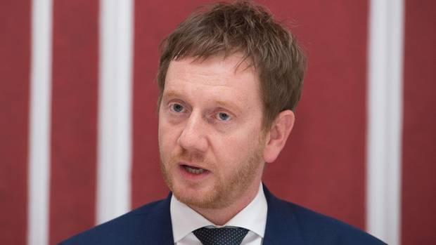 Er gilt als gut vernetzt und greift jetzt in Sachsen nach der Macht: der 42-jährige Michael Kretschmer (CDU)