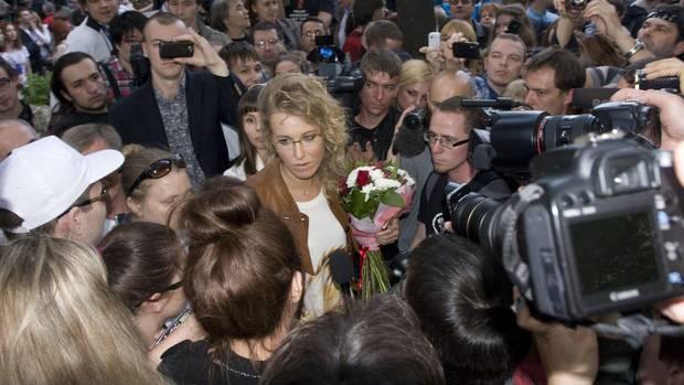 Xenia Sobtschak bei einer Anti-Putin-Demonstration am 11. Mai 2012 in Moskau