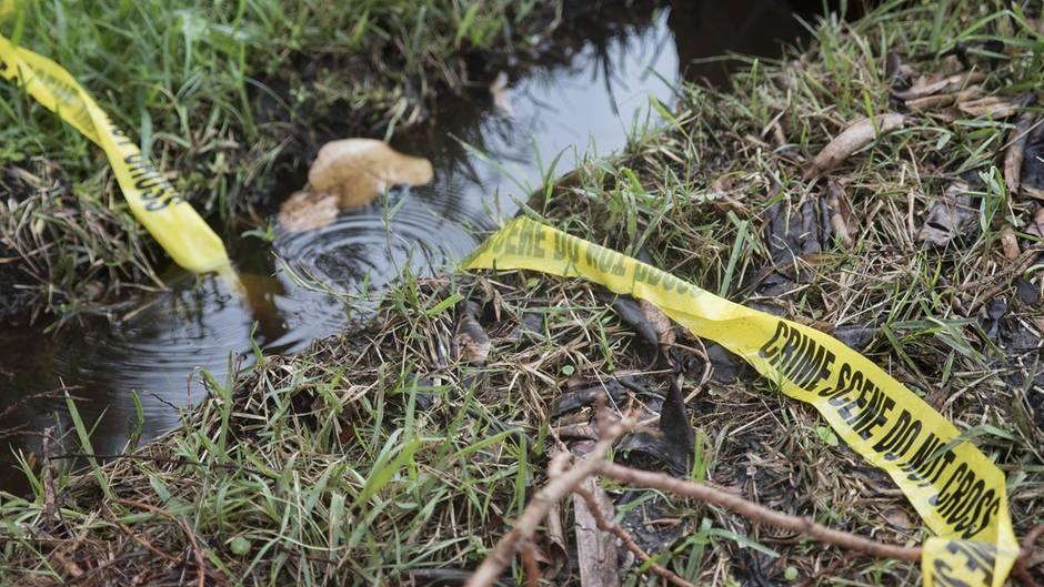 Dallas - Dreijährige ausgesetzt - Leiche - Kanal - Texas