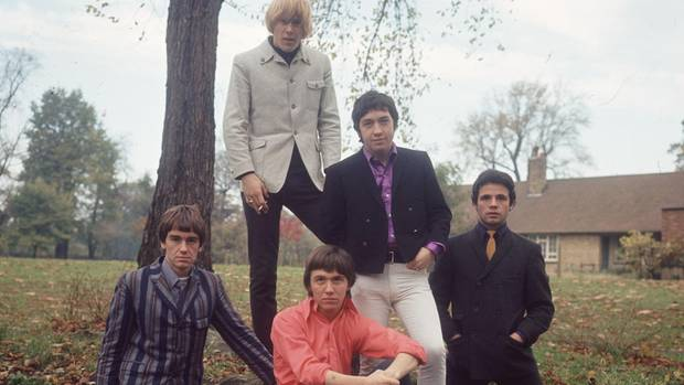 """George Young mit seiner Band """"The Easybeats"""""""