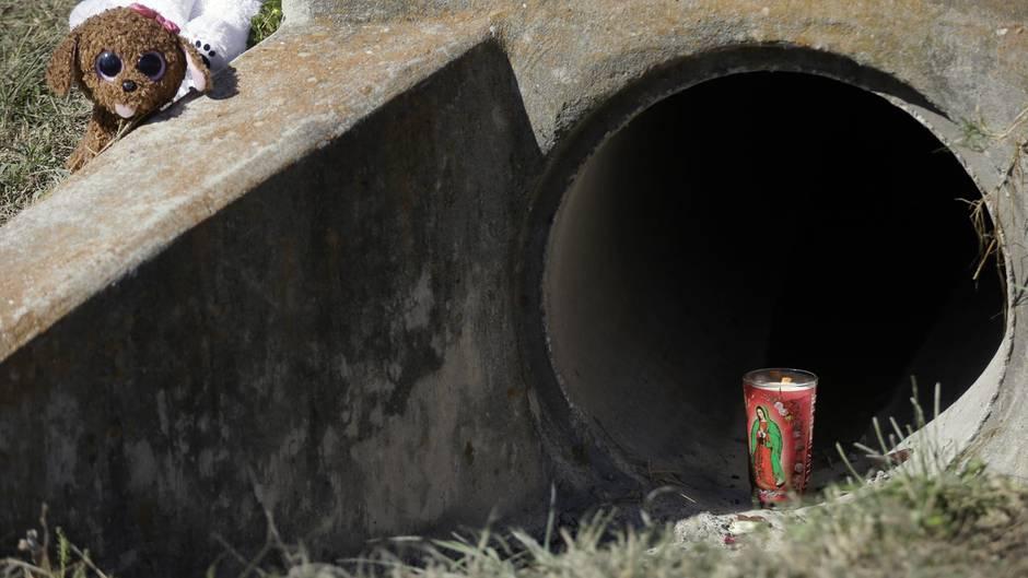 Der Kanal in Richardson, Texas, in dem der Leichnam eines kleinen Mädchens gefunden wurde.