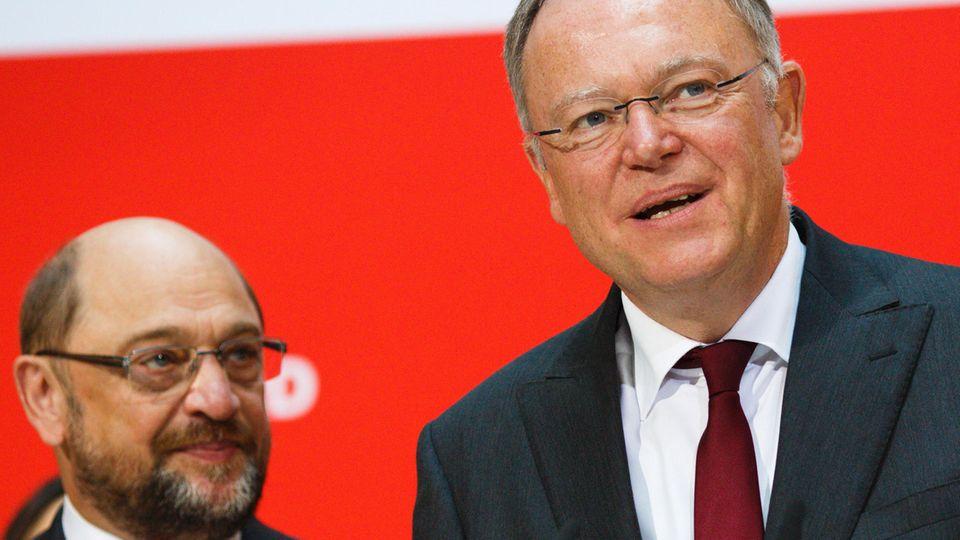 SPD im Wahltrend im Aufwind - Schulz und Weil freuen sich