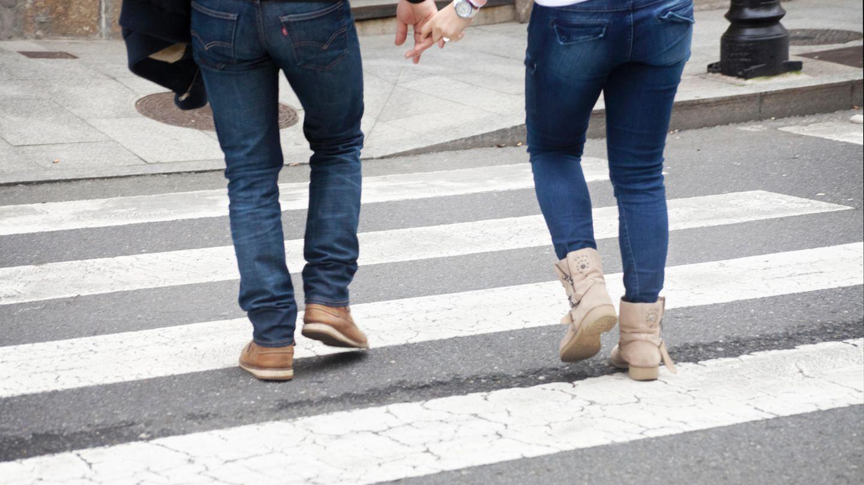 Tod auf dem Zebrastreifen: Im September vor zwei Jahren fuhr ein junger Mann ein Liebespaar um, die Frau starb (Symbolbild)