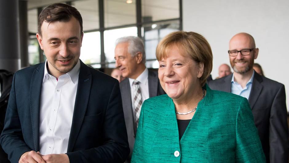 Bundestag: Wie CDU-Politiker Paul Ziemiak sein Parlaments-Debüt erlebt hat