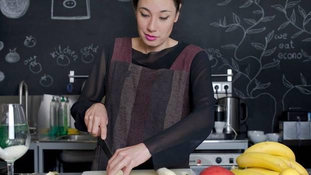 """""""Frauen sind in der Gastronomie nicht gleichberechtigt"""", sagt Tainá Guedes."""