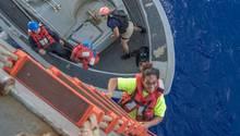 Seglerinnen und ihre Hunde nach monatelanger Irrfahrt auf Pazifik gerettet