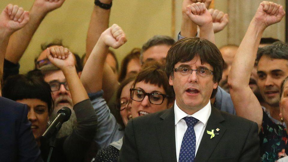 Katalonien-Krise: Regionalpräsident Puigdemont hält Ansprache zu Absetzung durch Madrid