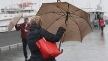 """Herbststurm """"Herwart"""" soll Windgeschwindigkeiten von bis zu 120 Stundenkilometer bringen"""