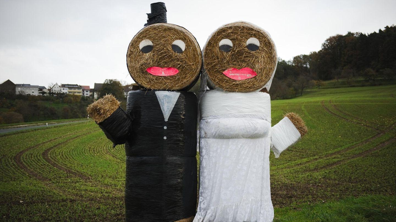 Irgendwann kommt die Frage alle Fragen: Schatz, sollen wir heiraten? Über das Für und Wider der Ehe.