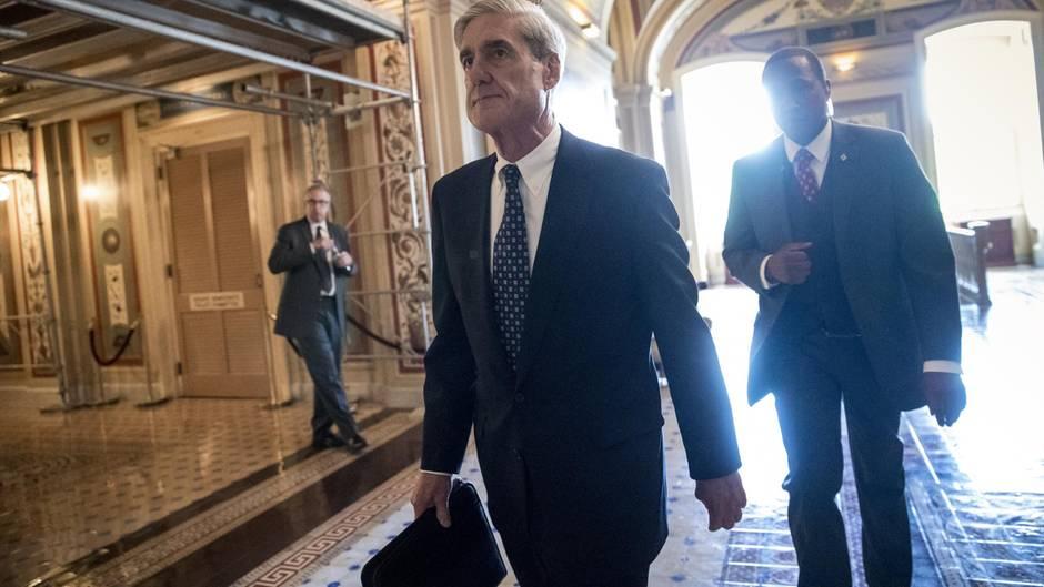Rober Mueller, Sonderermittler in der Russland-Affäre, geht zu einem Meeting in Washington