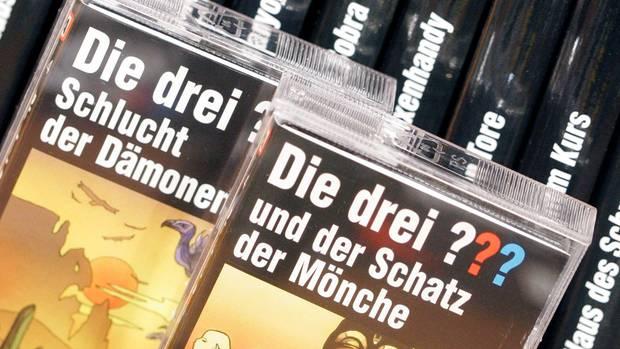 """Auch die neueren Folgen der """"Drei Fragezeichen"""" erscheinen noch auf Kassette"""