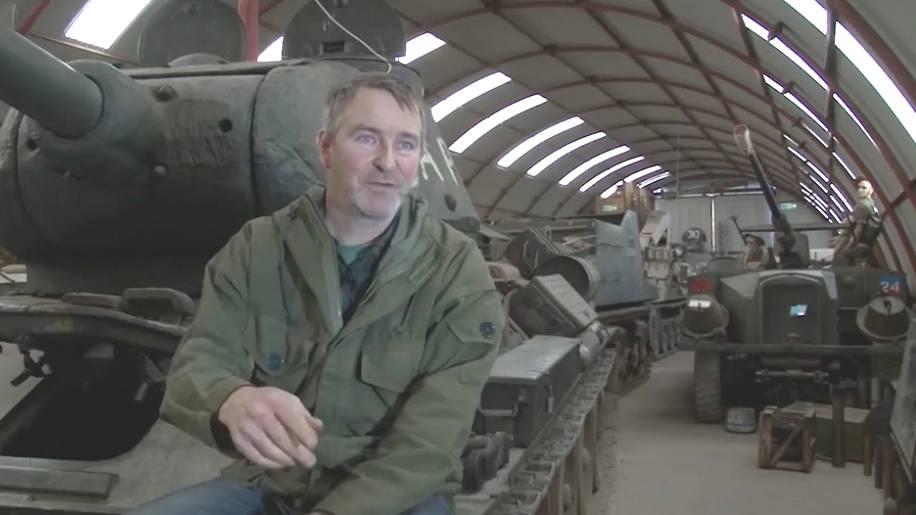 """Cobbaton Combat Collection: Riesige Panzer-Sammlung: Das Hobby dieses Engländers ist """"aus dem Ruder gelaufen"""""""