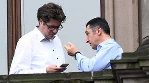 Cem Özdemir (r.), Bundesvorsitzender, und Michael Kellner, Bundesgeschäftsführer der Grünen
