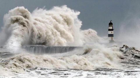 Ein Sturm in der Nordsee: In der Deutschen Bucht sind bereits viele Schiffe auf Grund gelaufen