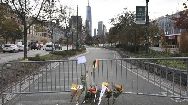 Der Tatort in Manhattan: Im Hintergrund sieht man deutlich das One World Trade Center.