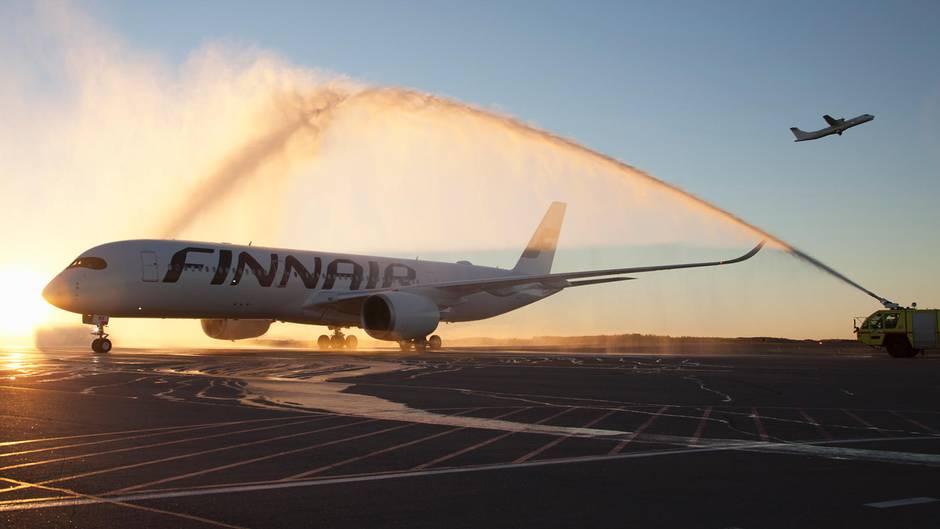 Finnair hat als erste Fluggesellschaft den Airbus A350XWB in die Flotte aufgenommen. Inzwischen sind elf Exemplare der Langstreckenmaschinen im Einsatz.