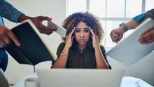 Überforderung, fehlende Anerkennung, schlechter Chef? Unzufriedenheit im Job kann verschiedene Ursachen haben