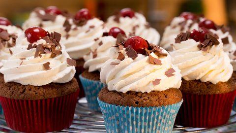 Süße Paleo-Rezepte: Verführerische Schoko-Cupcakes