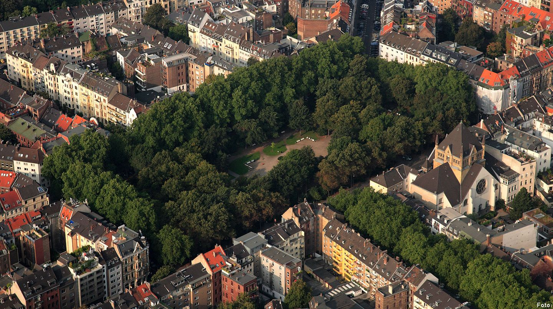 Der Rathenauplatz in Köln - der Platz ist heute weit mehr als eine grüne Oase, sondern ein gutes Beispiel, wie Anwohner ihr Wohnquartier selbst gestalten können.