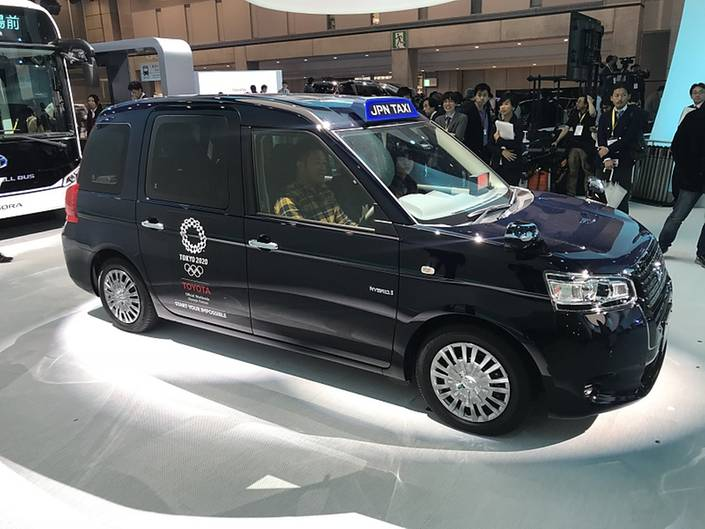 Toyota Japan Taxi 1