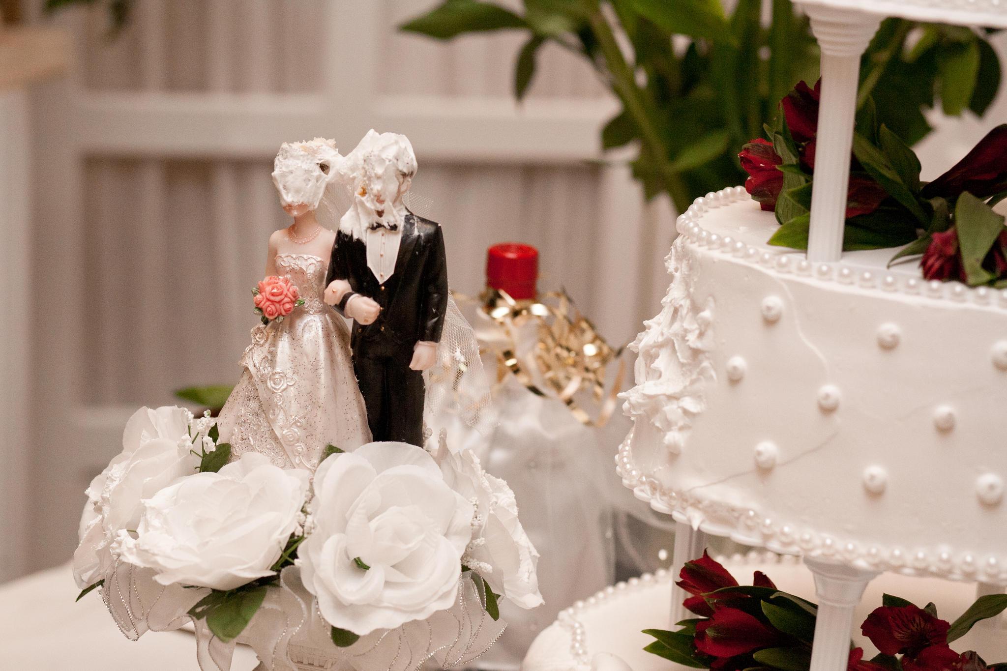Hochzeitskatastrophen Keine Schuhe Keine Haare Keine Torte Neon