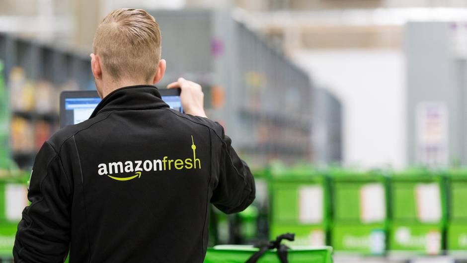 Amazon-Fresh-Mitarbeiter in Berlin