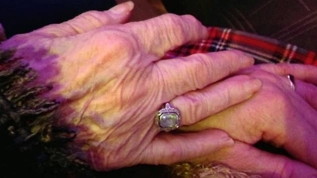 Ruth Meros ist eine von drei jüdischen Münchnern, die vor 1933 geboren wurden und heute noch berichten können